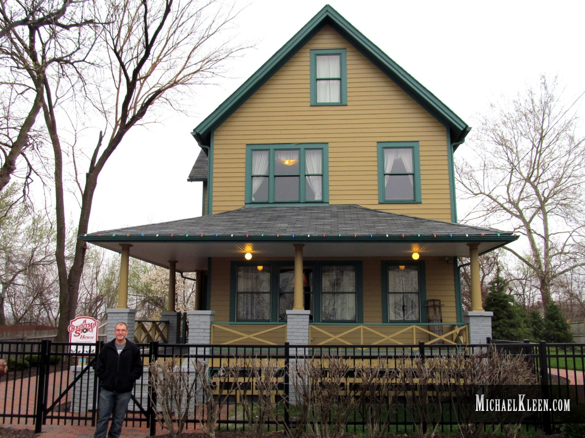 Christmas Story House.A Christmas Story House Offers Holiday Spirits M A Kleen