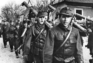 Hungarian soldiers with German panzerschrecks.