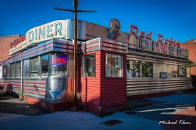 Red Robin Diner in Johnson City, New York. Photo by Michael Kleen