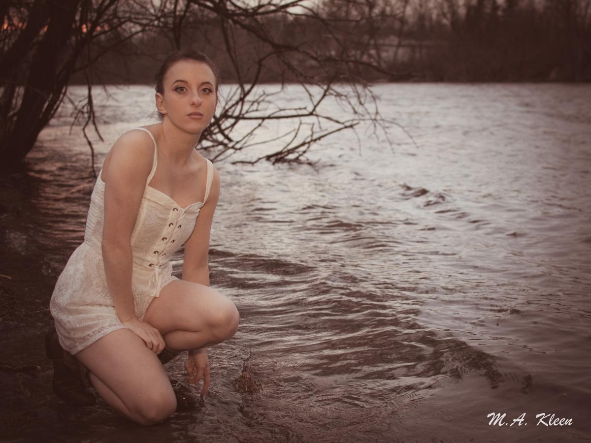 Cecelia in Twilight
