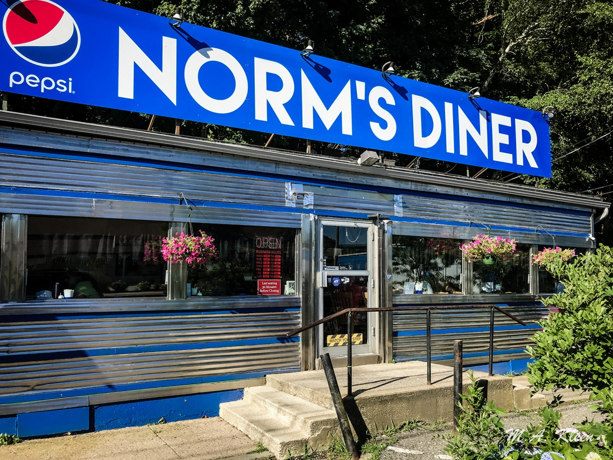 Norm's Diner in Groton, Connecticut