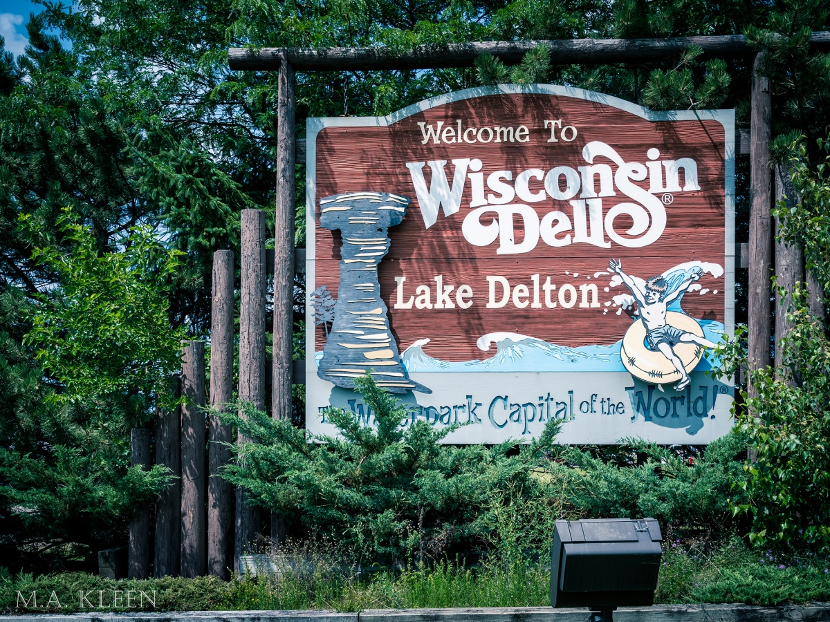 Wisconsin Dells – The Original Roadside Attraction