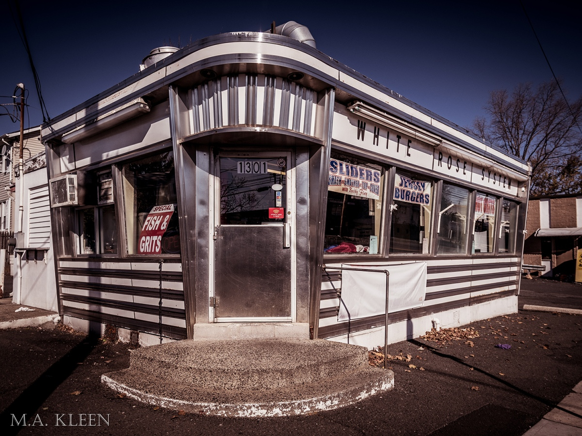 White Rose Diner in Linden, New Jersey