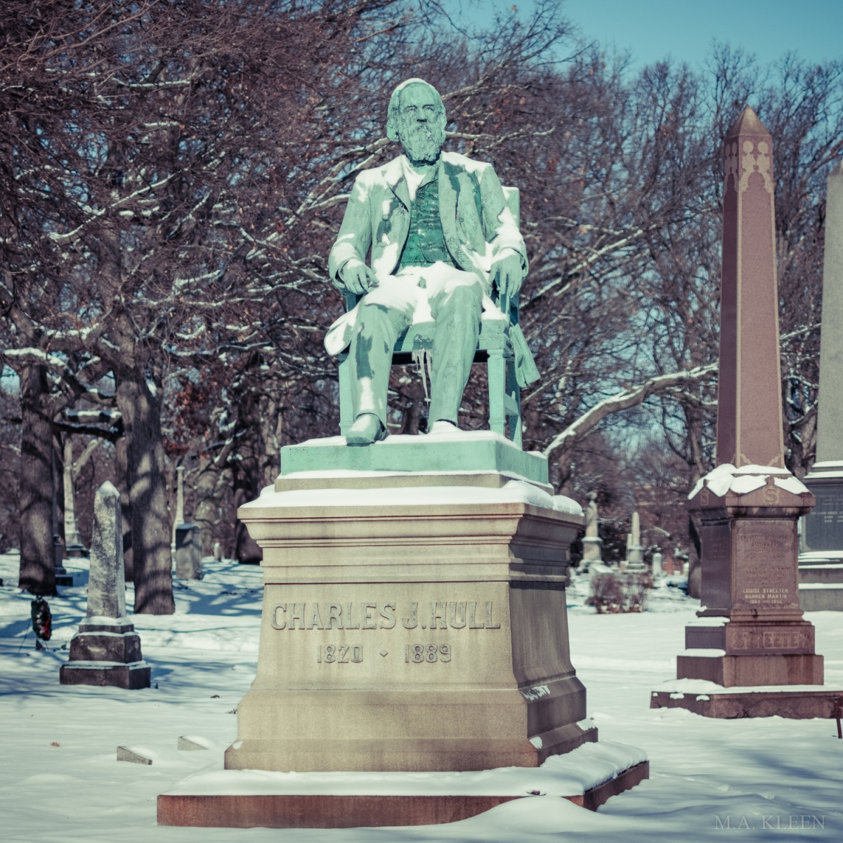 Monument to Charles J Hull in Rosehill Cemetery, 5800 N. Ravenswood Avenue in Chicago, Illinois